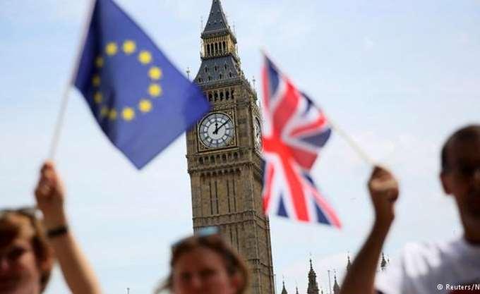 Βρετανία: Με τον ταχύτερο ρυθμό από τον Οκτώβριο αυξήθηκε ο κλάδος των υπηρεσιών