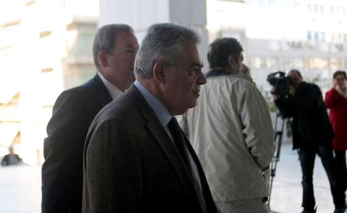 Ένοχος για €230.000, αλλά ελεύθερος με €140.000 σε δόσεις ο Τ. Μαντέλης