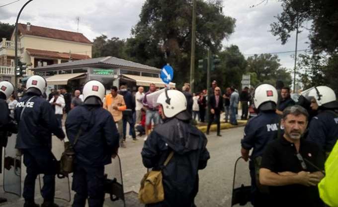 Κέρκυρα: Με προσαγωγές έληξαν τα επεισόδια στη Λευκίμμη