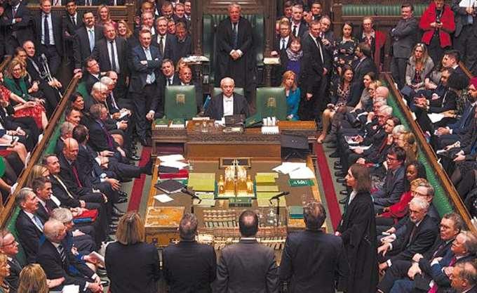 Οι βρετανοί βουλευτές θα ψηφίσουν πάνω σε δύο προτεινόμενες αλλαγές του σχεδίου για το Brexit