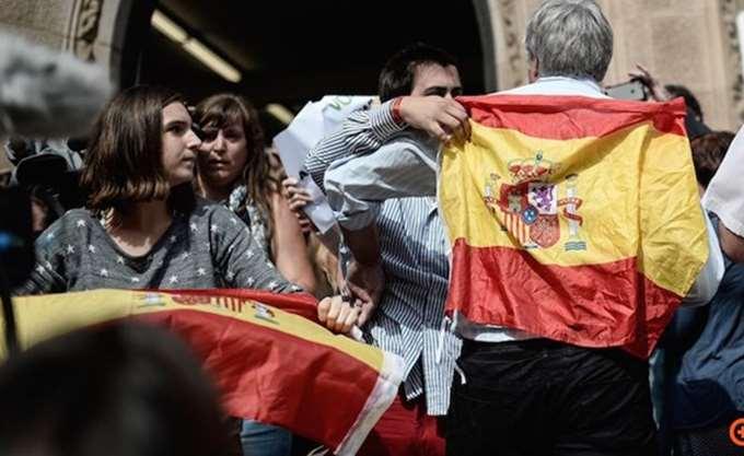 Ισπανία: Ο Σάντσεθ αρνείται να αποκλείσει μια μετεκλογική συμμαχία με τους Ciudadanos