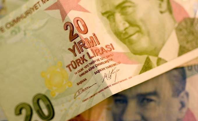 Σε χαμηλό εννέα μηνών η τουρκική λίρα