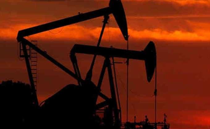 Πτωτικό σερί πέντε ημερών για το πετρέλαιο -νέοι φόβοι για υπερπροσφορά