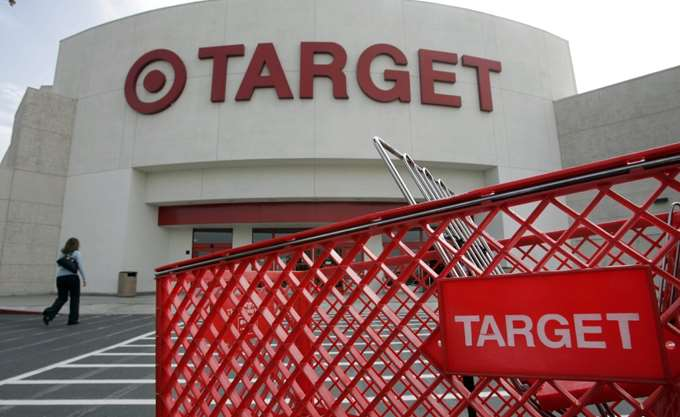 Αυξήθηκαν οι πωλήσεις της Target την εορταστική περίοδο
