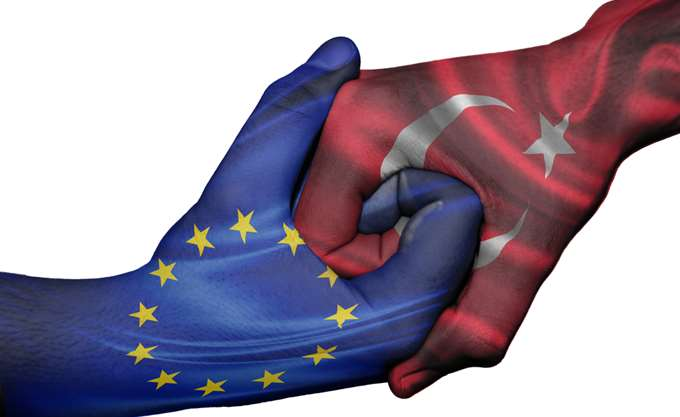 """Γερμανός υπουργός: Το """"έντιμο"""" θα ήταν """"να διακοπούν οι ενταξιακές διαπραγματεύσεις της ΕΕ με την Τουρκία"""""""