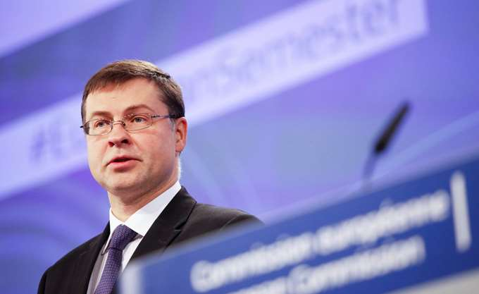 Ντομπρόβσκις: Σημαντικό η Ελλάδα να τηρήσει τους συμφωνημένους στόχους
