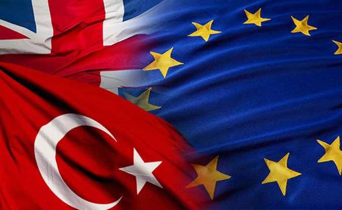 """Βρετανικό """"μαξιλάρι"""" στην Ε.Ε. για διασφάλιση της Τουρκίας"""