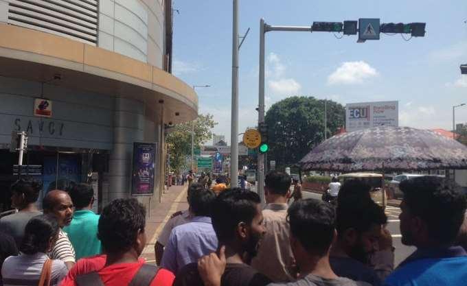 Σρι Λάνκα: Η αστυνομία προχώρησε σε ελεγχόμενη έκρηξη