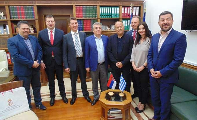 Συνάντηση Περιφερειάρχη Κρήτης με τον Σέρβο υπουργό Παιδείας
