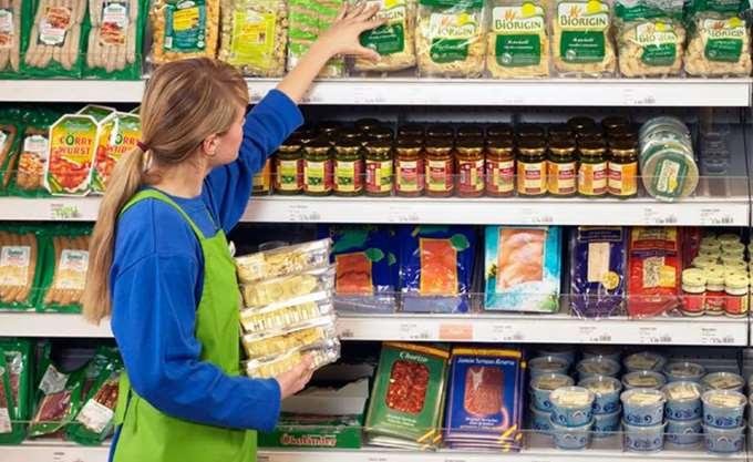 Μερικής απασχόλησης 1 στους 4 στο λιανεμπόριο τροφίμων
