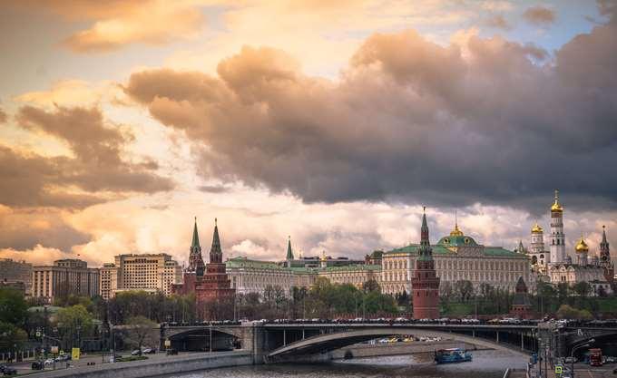 """Για το Κρεμλίνο ο Τραμπ είναι ένας """"εταίρος"""", όχι ανταγωνιστής"""
