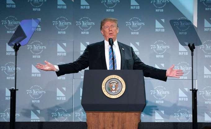 ΗΠΑ: Ο ειδικός ανακριτής Μάλερ θα ρωτήσει τον Τραμπ για το ενδεχόμενο  παρεμπόδισης της δικαιοσύνης