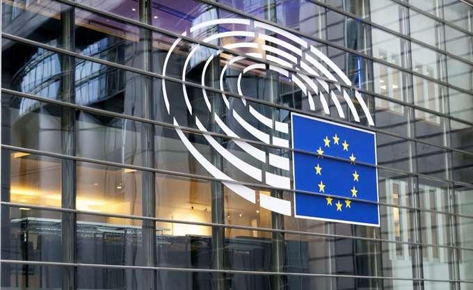 Τι αισθάνονται στα αλήθεια οι Ευρωπαίοι: Η μάχη για το πολιτικό σύστημα