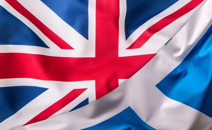 Πρωθυπουργός Σκωτίας: Μόνη λύση στο πρόβλημα του Brexit η ανεξαρτησία από το Ηνωμένο Βασίλειο