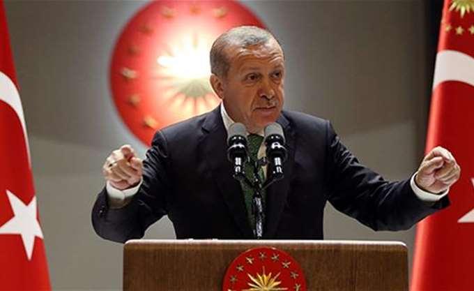 Ισχυρότερος Ερντογάν σε όλο και πιο αδύναμη Τουρκία