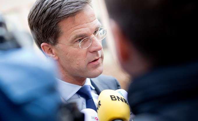 """Ο Ολλανδός πρωθυπουργός προτείνει έναν """"λογικό"""" εταιρικό φόρο διοξειδίου του άνθρακα"""