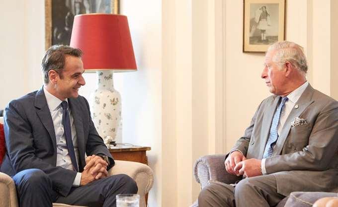 Για τους ισχυρούς ιστορικούς δεσμούς Ελλάδας - Βρετανίας συζήτησαν Κ. Μητσοτάκης - Κάρολος