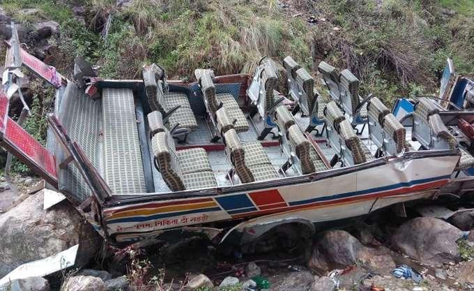 Στους 47 οι νεκροί από τροχαίο με λεωφορείο στη βόρεια Ινδία