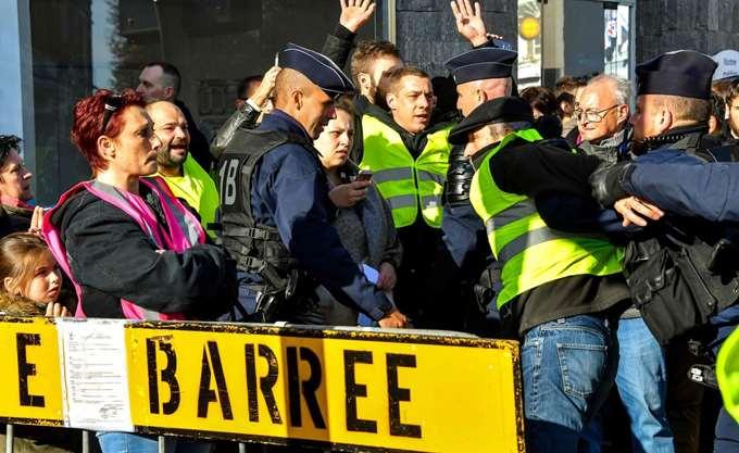 Συστάσεις προς τους τουρίστες που βρίσκονται στο Παρίσι από τις ευρωπαϊκές χώρες