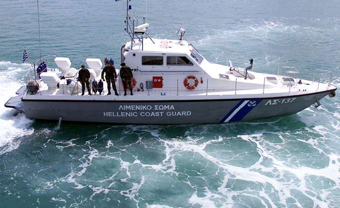 Εντοπισμός δύο Σύρων στη θαλάσσια περιοχή μεταξύ Νάξου και Μυκόνου