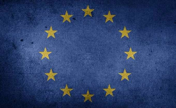 Ε.Ε.: Η πρόταση Κομισιόν για την ΠΓΔΜ θα εξεταστεί εφόσον έχει λυθεί το ονοματολογικό