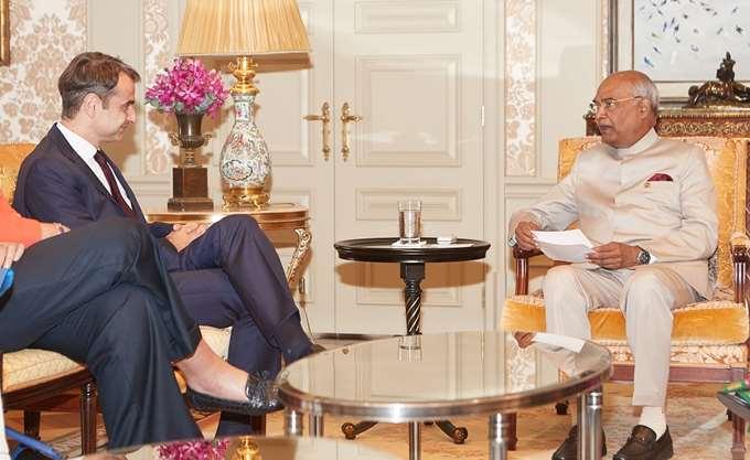 Σε θερμό κλίμα η συνάντηση Κ. Μητσοτάκη με τον Ινδό πρόεδρο