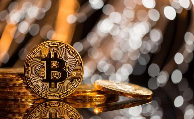 Το επίπεδο των 5.000 δολαρίων άγγιξε για λίγο η τιμή του Bitcoin