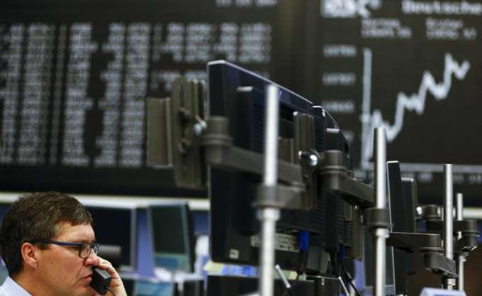 Απώλειες καταγράφουν οι ευρωαγορές, συνεχίζονται οι εταιρικές ανακοινώσεις