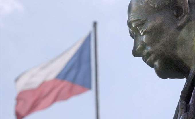 Η Τσεχία σκοπεύει να αποσυρθεί από το Παγκόσμιο Σύμφωνο του ΟΗΕ για τη μετανάστευση