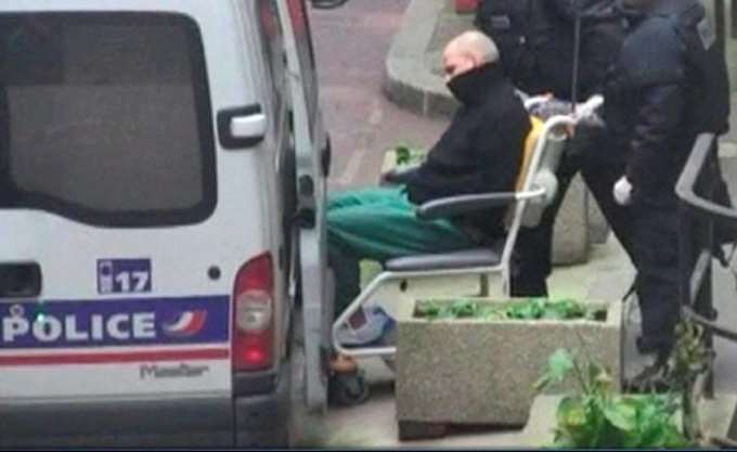 Γαλλία: Σε 25 χρόνια κάθειρξη καταδικάστηκε ο Α. Ντεκάρ που το 2013 είχε τραυματίσει φωτογράφο της Liberation