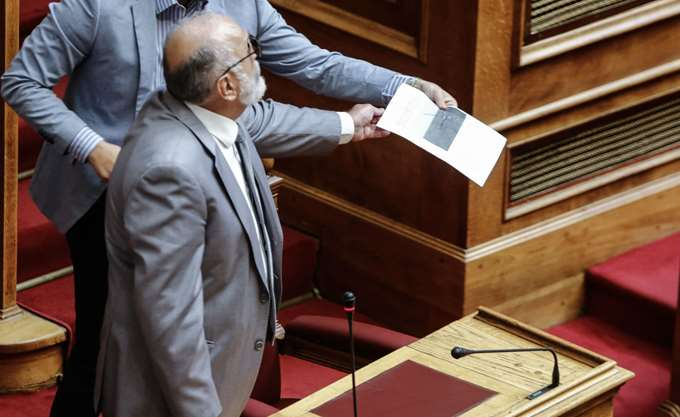 Υποψήφιος ευρωβουλευτής ο Π. Κουρουμπλής, μετά από πρόταση Τσίπρα
