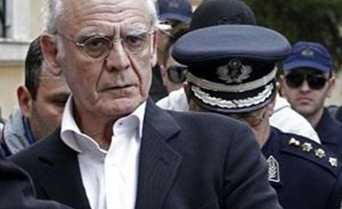 """Α. Τσοχατζόπουλος: Η ηθική """"ισόβια"""" κάθειρξη ενός παρολίγον πρωθυπουργού"""