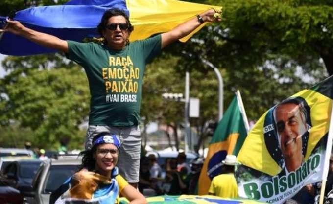 Βραζιλία: Ο ακροδεξιός υποψήφιος στο 59% των προθέσεων ψήφου ενόψει β΄ γύρου προεδρικών εκλογών