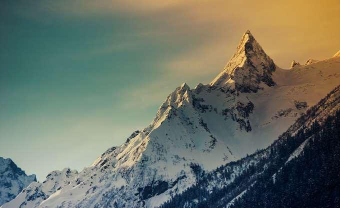 Πολλά προβλήματα από τις χιονοπτώσεις σε Αυστρία-Γερμανία