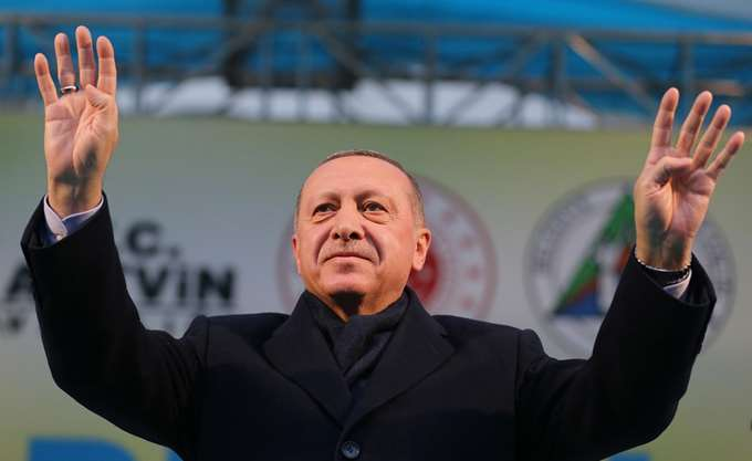 """Η τριπλή """"ομηρία"""" του Ερντογάν"""