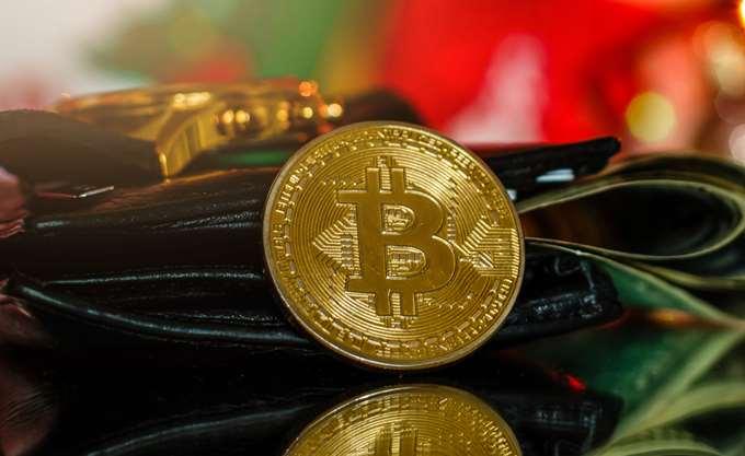 Κάτω από τα $5.000 το Bitcoin
