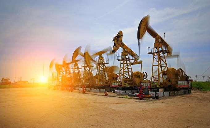 Σταθεροποιητικά το πετρέλαιο μετά την πτώση των αποθεμάτων στις ΗΠΑ