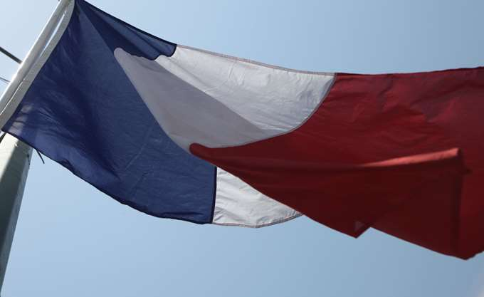 Γαλλία: 200.000 νοικοκυριά έμειναν χωρίς ρεύμα μετά την έλευση της καταιγίδας Eleanor
