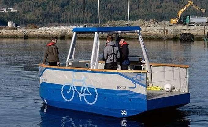 """Η Νορβηγία δοκιμάζει το πρώτο μικρό αυτόνομο """"φέρι"""" για ποτάμια και κανάλια"""