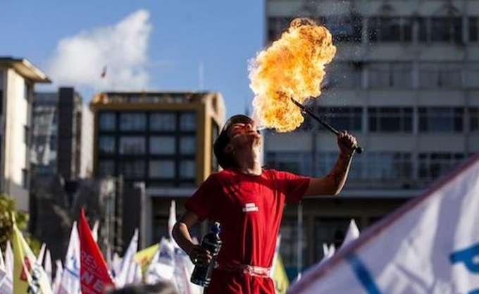 Η Χιλή ψηφίζει για την ανάδειξη του διαδόχου της Μισέλ Μπατσελέτ