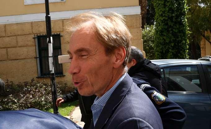 Δραπέτευσε ο Ελβετός τραπεζίτης Όσβαλντ που δικάζεται για υποθέσεις διαφθοράς στην Ελλάδα