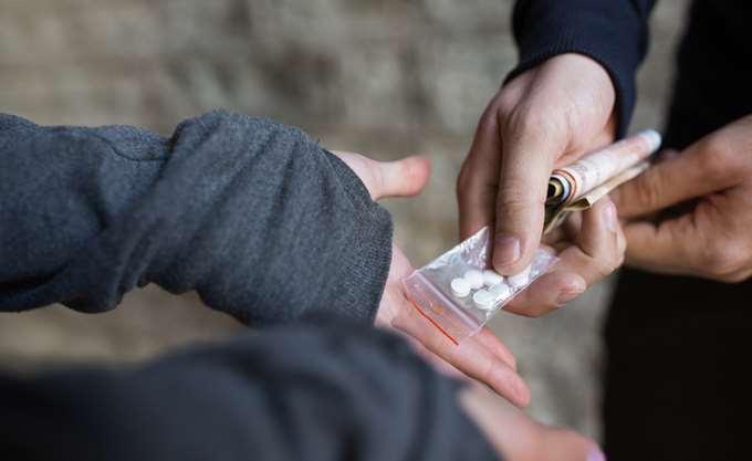 Εξάρθρωση κυκλώματος που διακινούσε ναρκωτικά στην Αττική