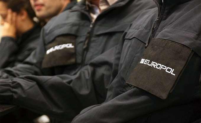 Europol: Συνεχίζεται η συνεργασία με τις ελληνικές αρχές λόγω ανάγκης ανταλλαγής πληροφοριών