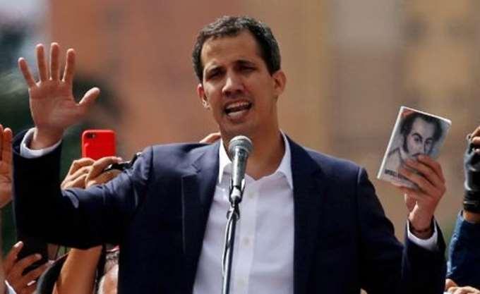 Βενεζουέλα: Ποιος είναι ο ηγέτης της αντιπολίτευσης Χουάν Γκουαϊδό