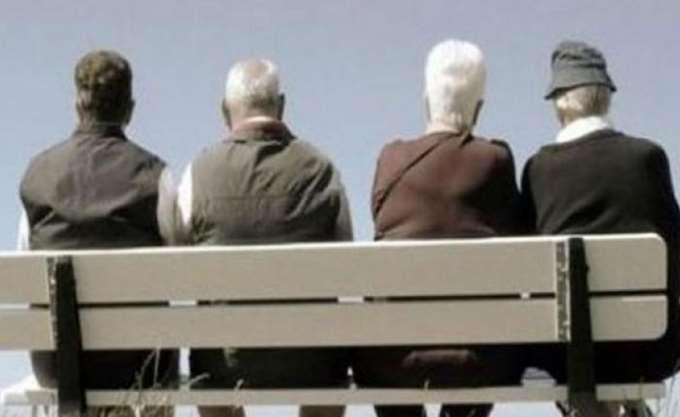 Ο πληθυσμός της Ελλάδας συνεχίζει να μειώνεται