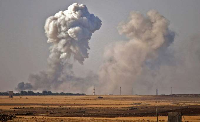 Συρία: Αεριωθούμενα του υπό τις ΗΠΑ συνασπισμού έπληξαν θέση του στρατού