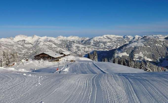 Χιλιάδες τουρίστες έχουν αποκλειστεί σε χιονοδρομικό κέντρο στην Ελβετία
