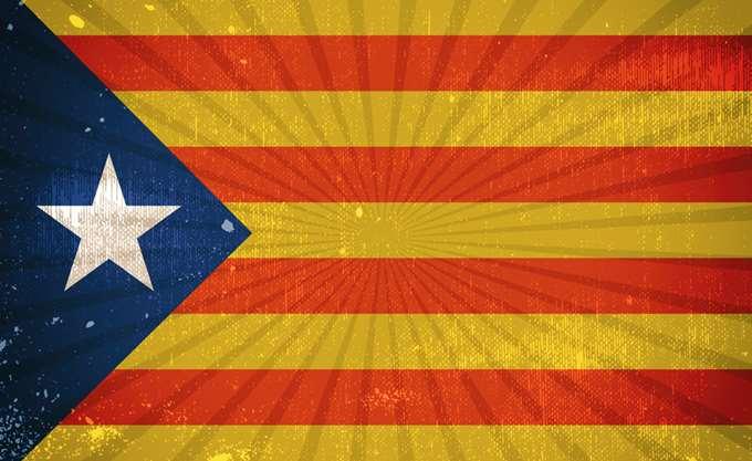 Διάλογο προκρίνει ο Γιούνκερ για την Καταλονία - Απαντά σε επιστολή 188 προσωπικοτήτων