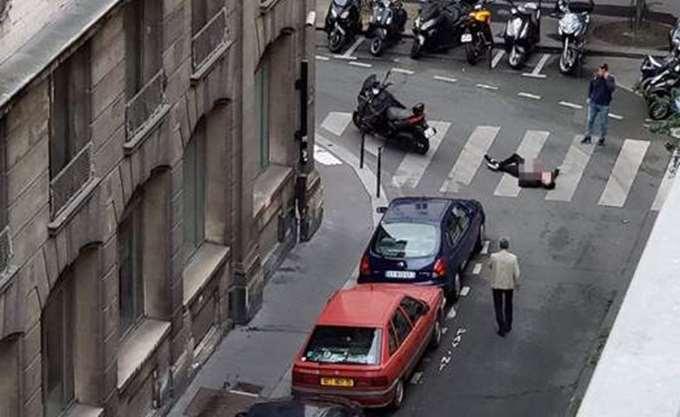 Ένας νεκρός και 4 τραυματίες από επίθεση με μαχαίρι στο Παρίσι