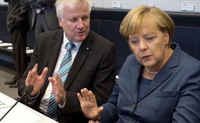 Υπέρ της άποψης του Ζεεχόφερ για επαναπροωθήσεις η γερμανική κοινή γνώμη